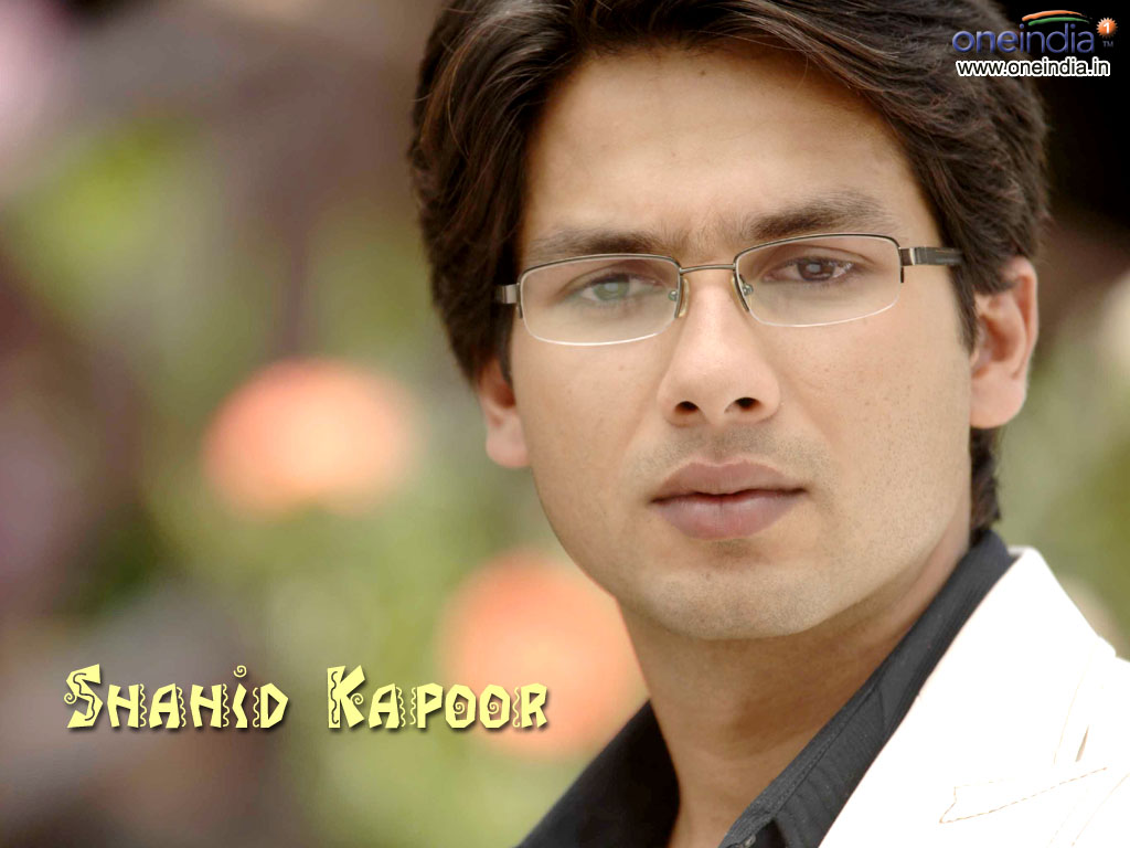 Cricket Players Biography: Shahid Kapoor