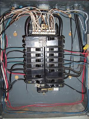 on 100 Amp Breaker Wire Size