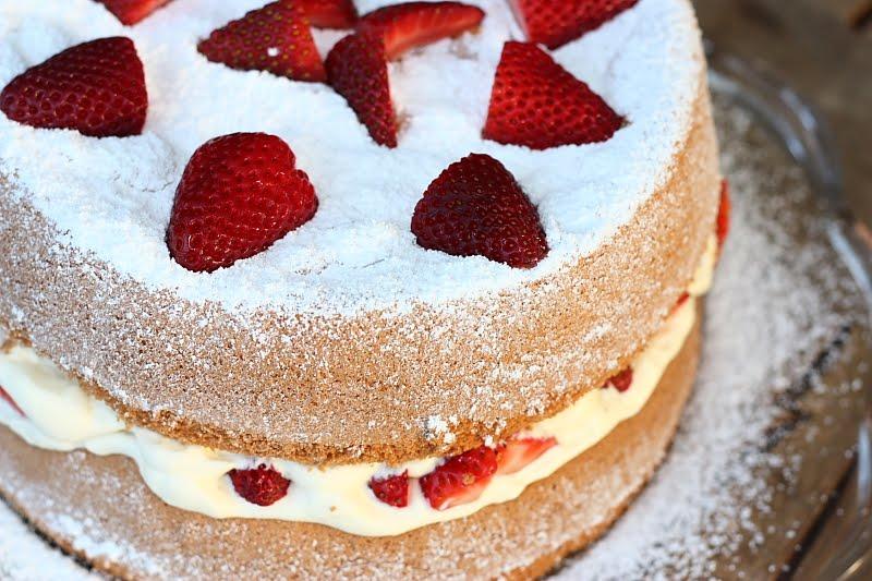 Chocolate Sponge Cake Recipie With Egg Whites