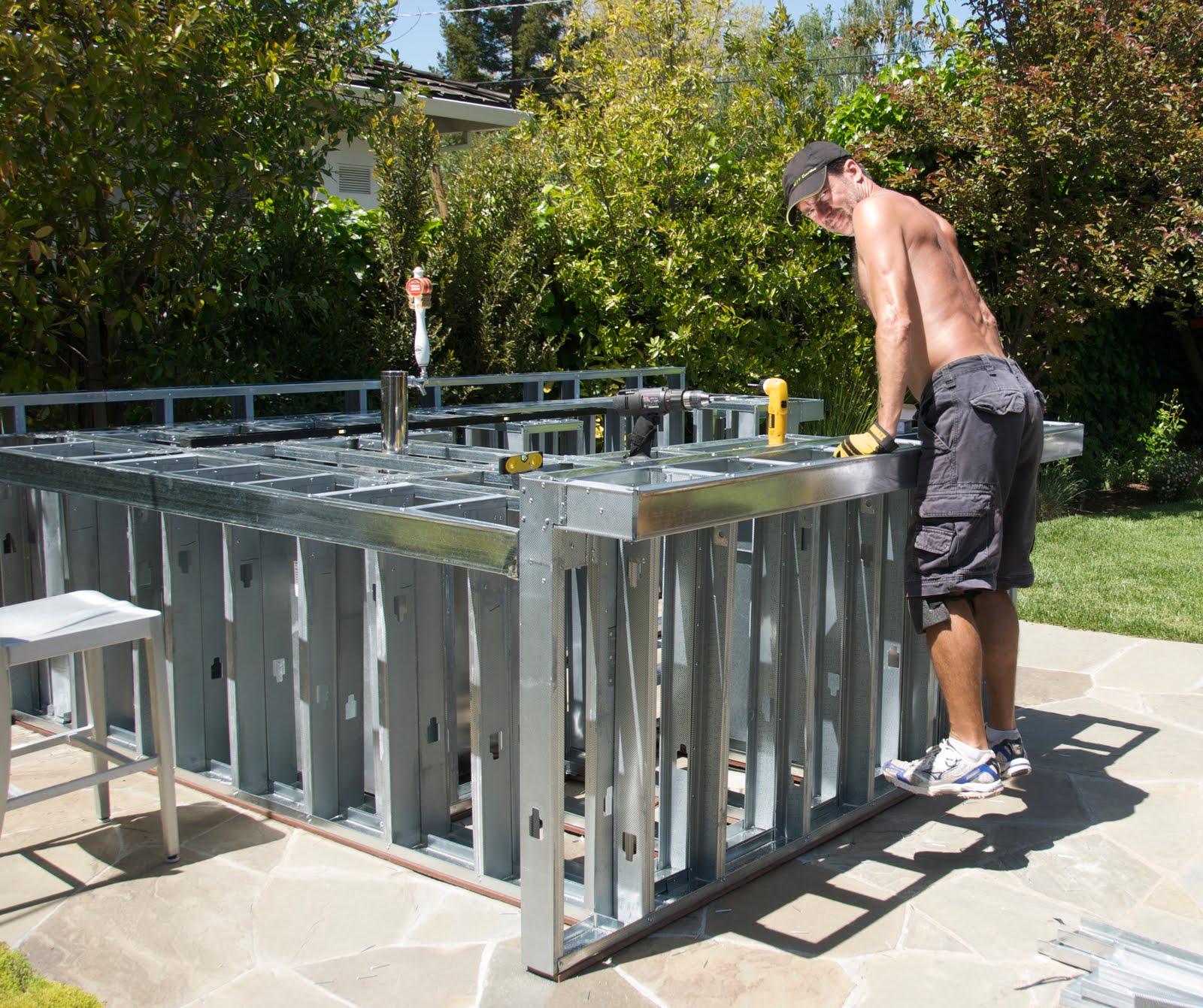 Metal Frame Outdoor Kitchen Oak Table Construction April 2010