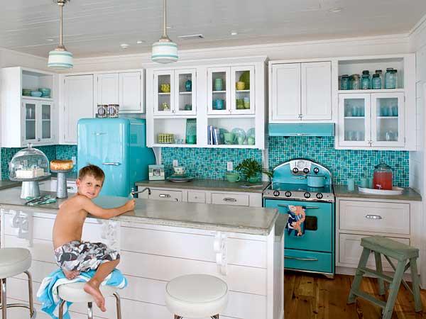 los mosicos son la moda ms moderna y chic para las cocinas las opciones en cuanto a materiales y colores son infinitas