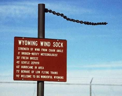wyoming wind-chain sign
