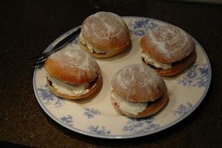 Spelt Sally Lunn Buns - Community Recipes | Shipton Mill