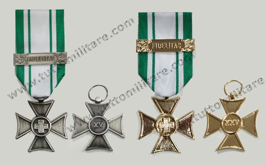 Tutto Militare - Articoli Militari e Militaria  2010 4432f0983eff