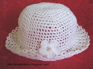 Lana e Cotone (maglia e uncinetto)  Cappellino all uncinetto a4d42bed7512