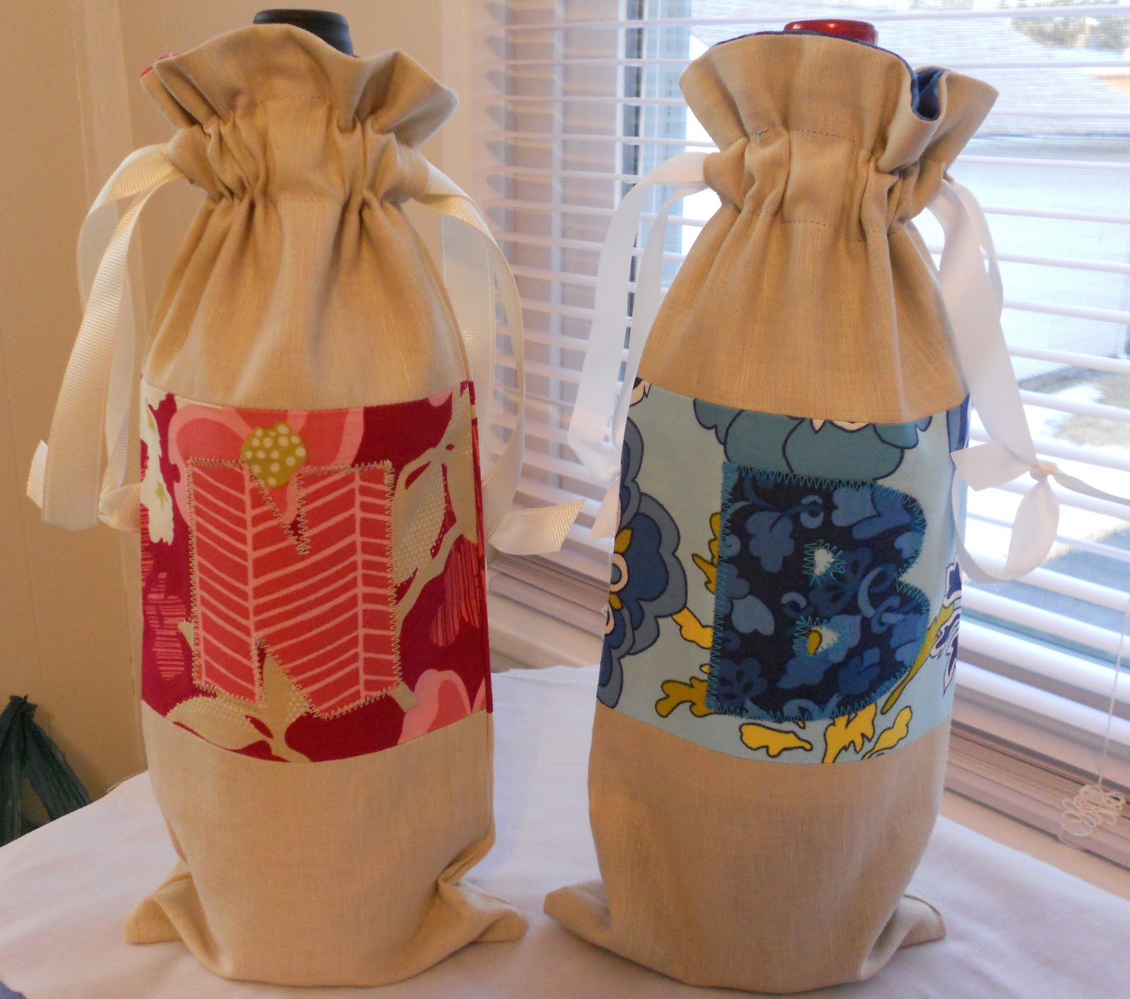 Lined Drawstring Wine Bag Tutorial