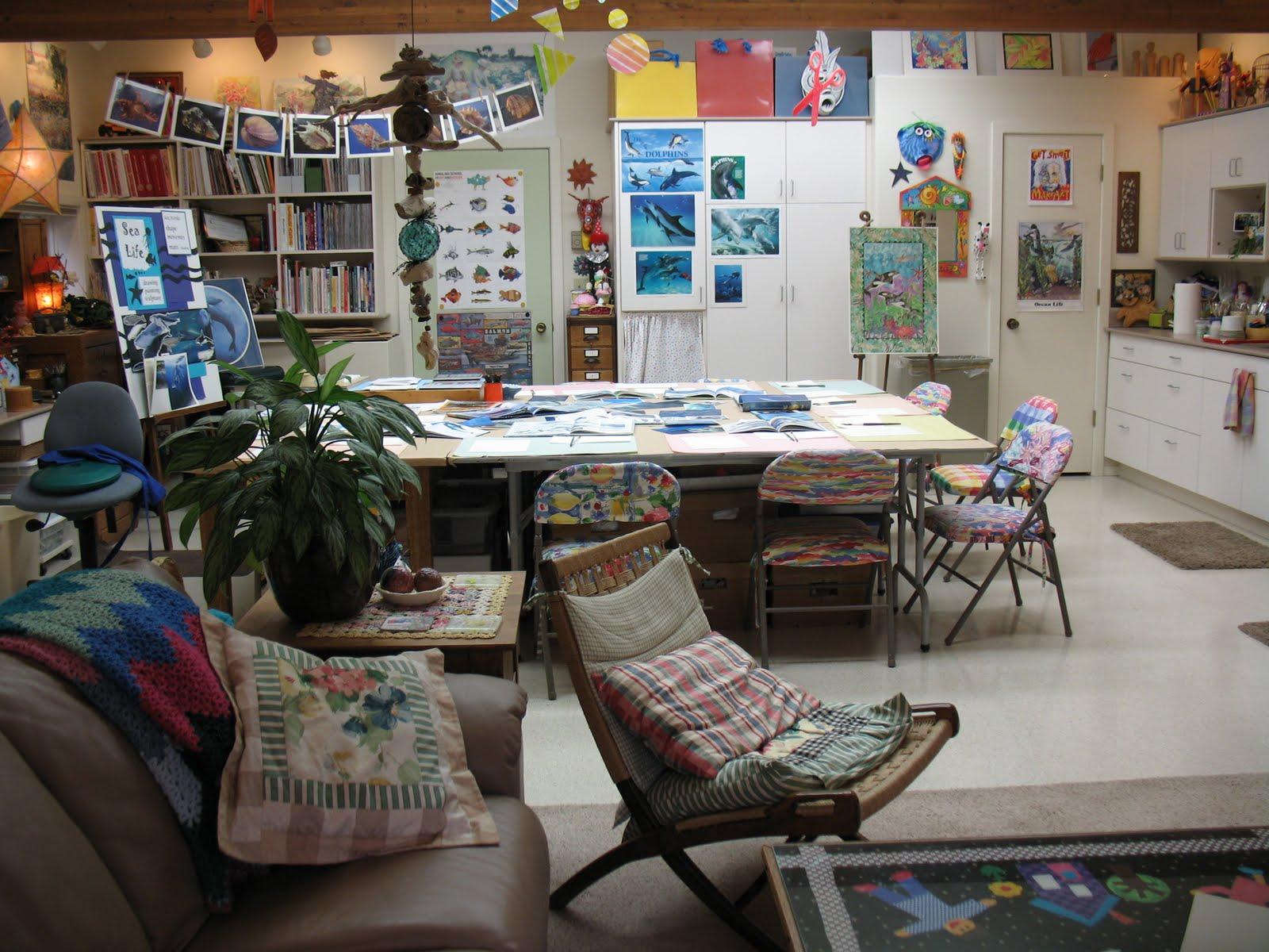 home art studio design ideas interior design ideas. Black Bedroom Furniture Sets. Home Design Ideas