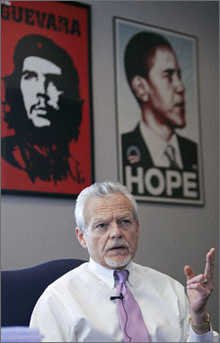 Judge James Burge supports Obama and Che Guevara