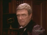 Robert Lansing as Mr Ernest Chariot