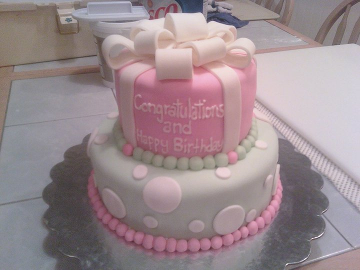 2 Tier Present Cake Pink And Green