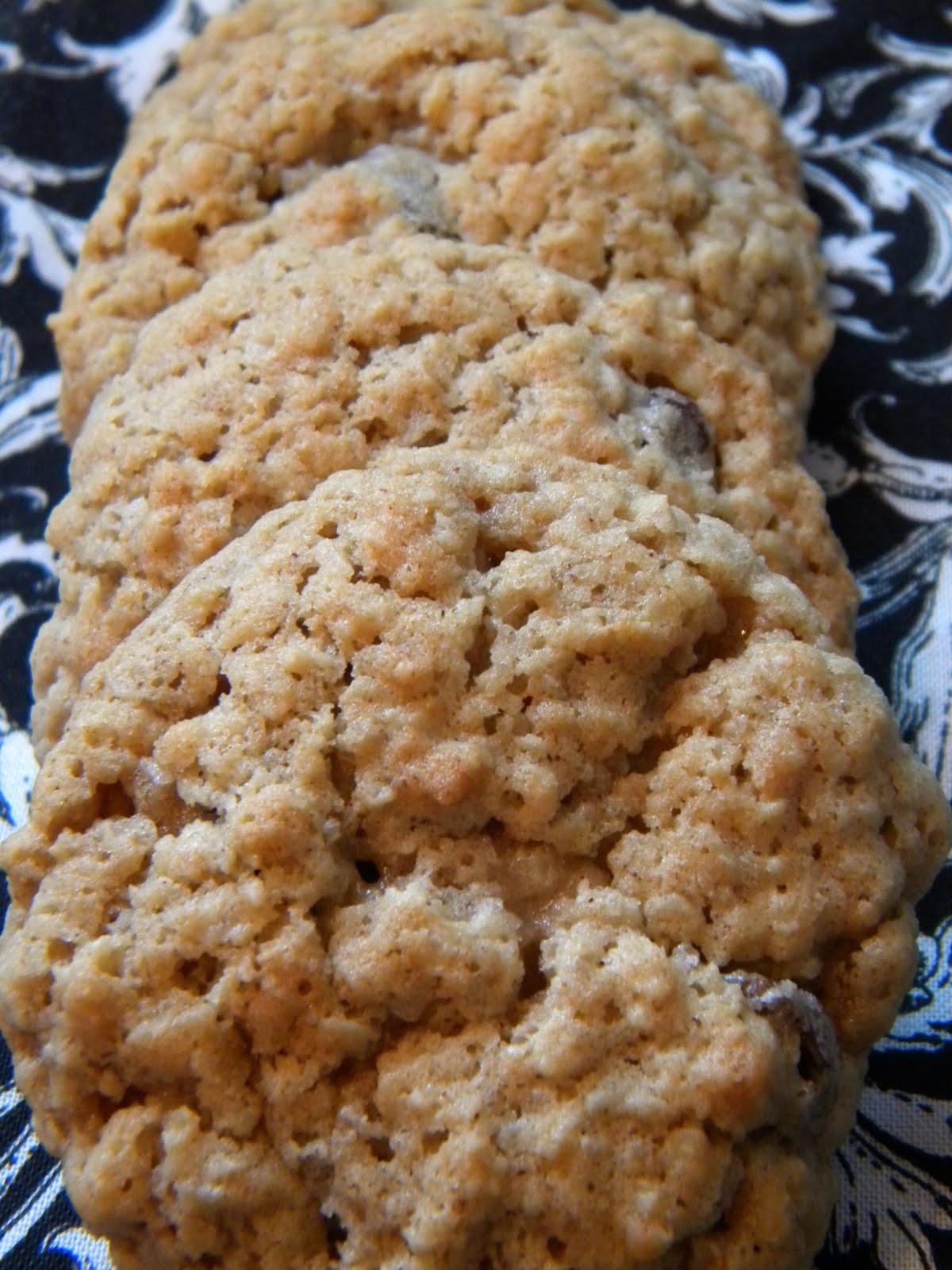 The Love Family of 5: Oatmeal Raisin Cookies-Week 2