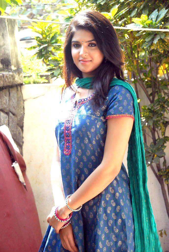 Deeksha Seth - In South Indian Hot And Sexy Churidar -5176