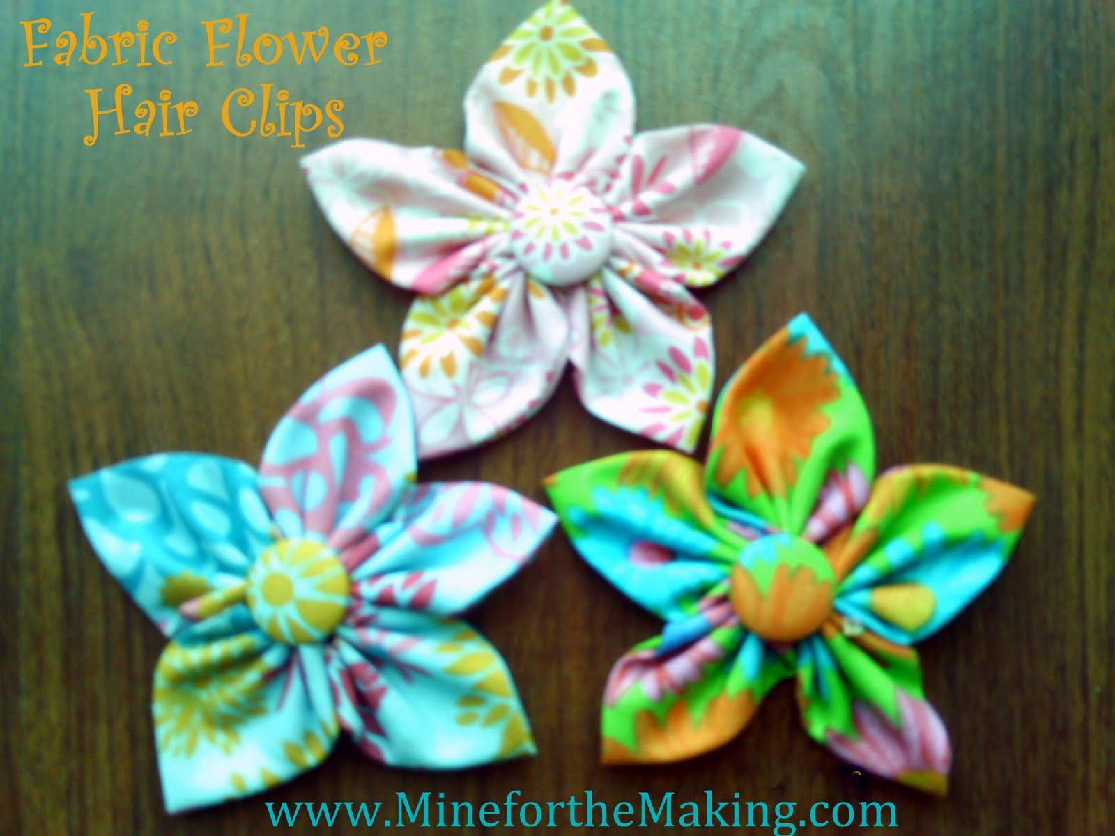 http://4.bp.blogspot.com/_mH0tGuB0J4c/TFBn5lwfXLI/AAAAAAAAAiU/dt2sxrNoPQs/s1600/fabric+flowers+002.jpg