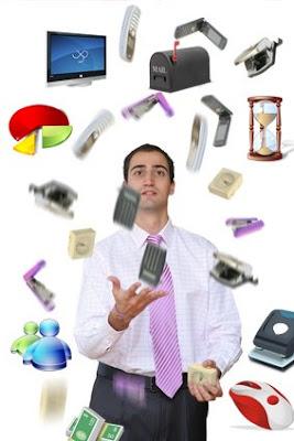 http://4.bp.blogspot.com/_mLQNkWi9SDg/ShzlSuBjGLI/AAAAAAAAAHE/NbMObnGX1T8/s320/juggling-too-much.jpg