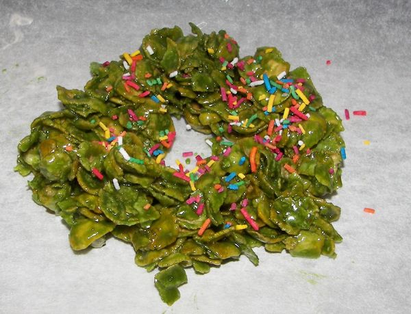 Christmas Wreath Cookies.Saucy American In Nz Cornflakes Marshmallow Christmas