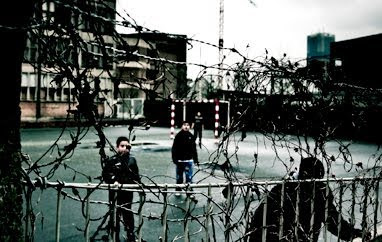 Brussels: barbed wire