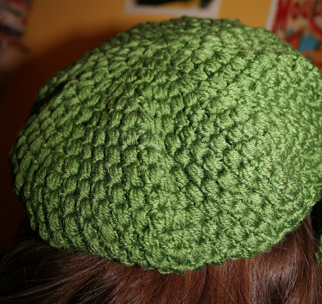 The Butterfly Balcony - Puff Stitch Crochet Beret With Bow Free Pattern