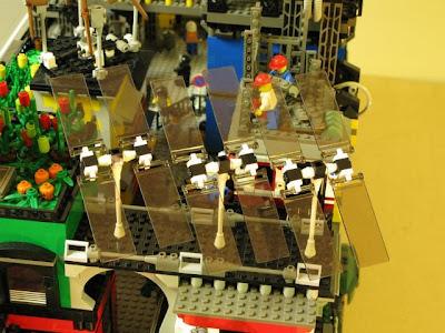 [Image: lego_crawler_town_05.jpg]