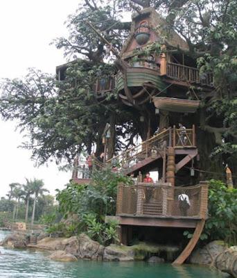 [Image: tree_house3.jpg]