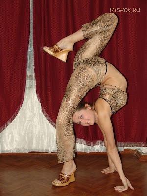 Flexible Girls 18