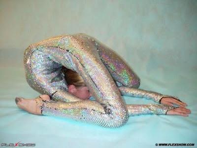 Flexible Girls 29
