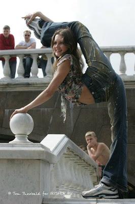 Flexible Girls 06