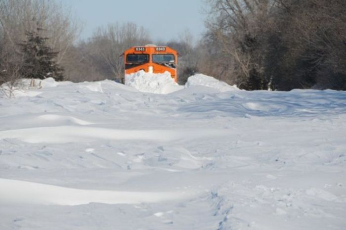 Snowblower Trains ~ Damn Cool Pictures