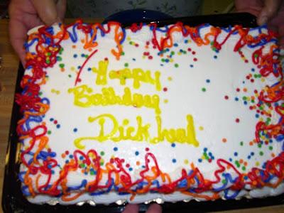 [Image: worst_birthday_cakes_07.jpg]