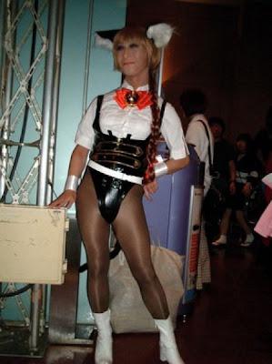 [Image: cosplay_fails_13.jpg]