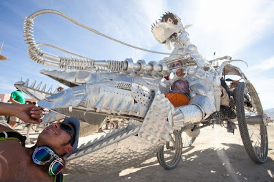 [Image: burning_man_13.jpg]