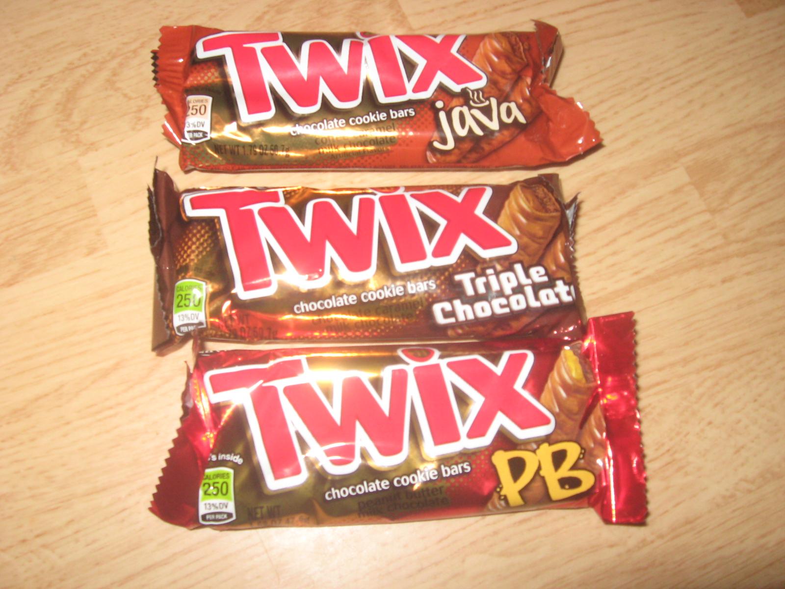 Crank Crank Revolution: Candy Review: Peanut Butter, Triple
