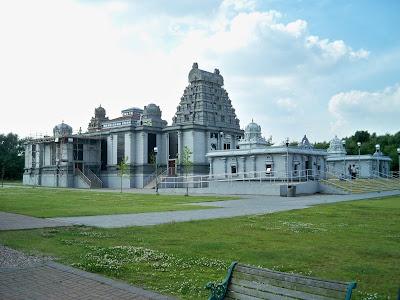 Senhor Venkateshwara Temple, Birmingham, Reino Unido