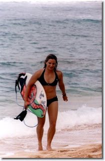 Easkey Britton surfing women