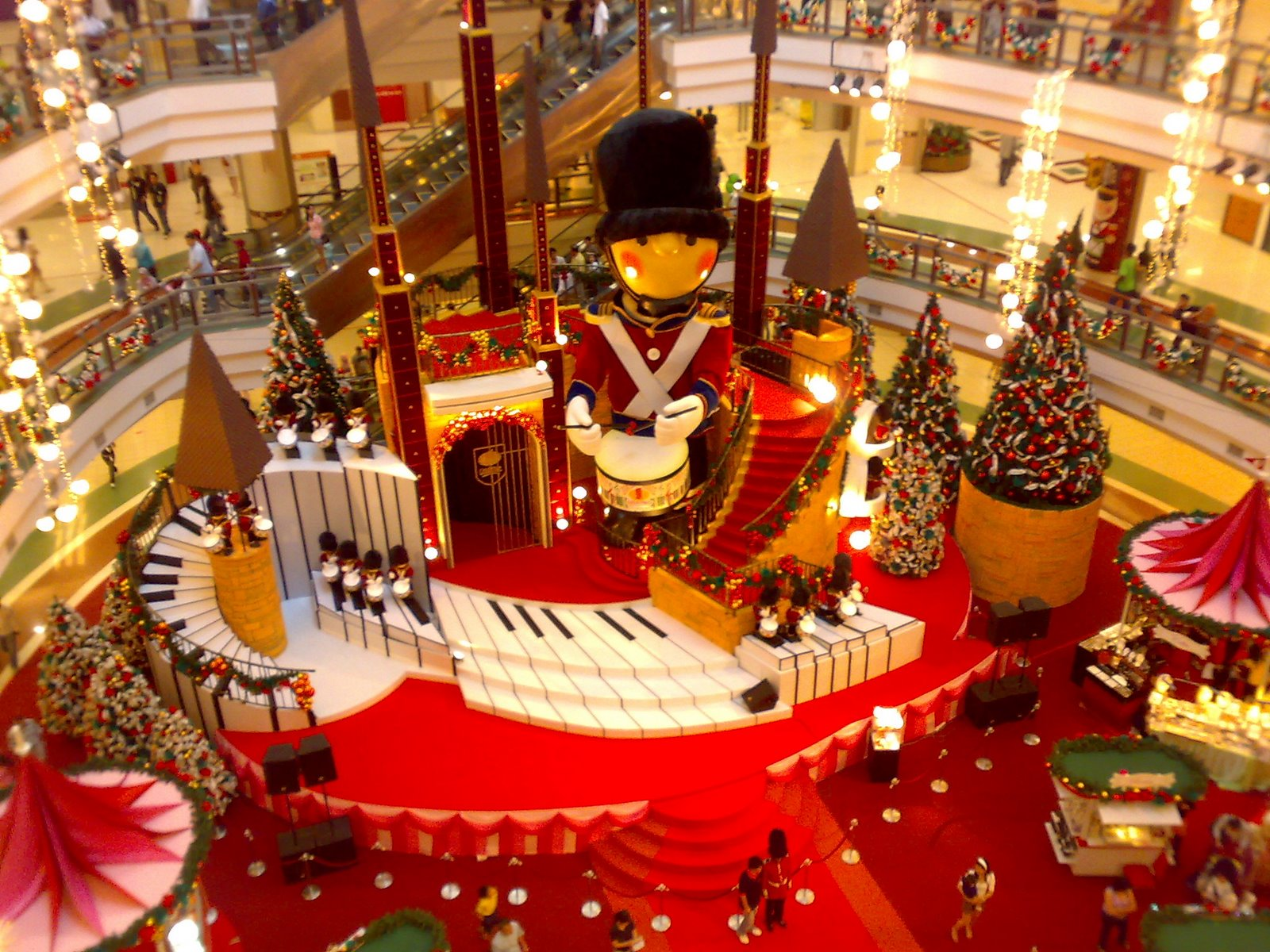 Travelbytes Christmas In Malaysia