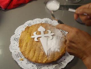 Decoración de la tarta de Santiago