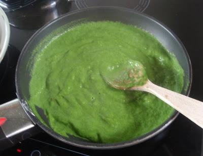 elaboración de la crema de espinacas