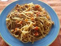 espaguetis con salsa boloñesa de carne