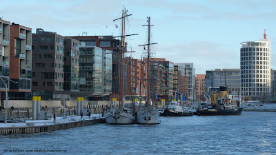 Hafencity Hamburg, Segelboote im Winter