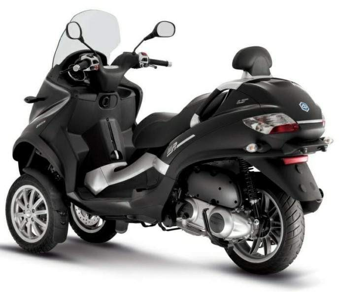 2009 piaggio mp3 400 scooter motorcycle - twin wheels