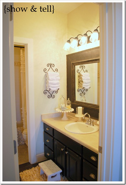 I Think Small Changes In Our Homes Can Make All The Difference This Little Link Up Highlight Proves Just That Great Bathroom With Framed Builder Mirror