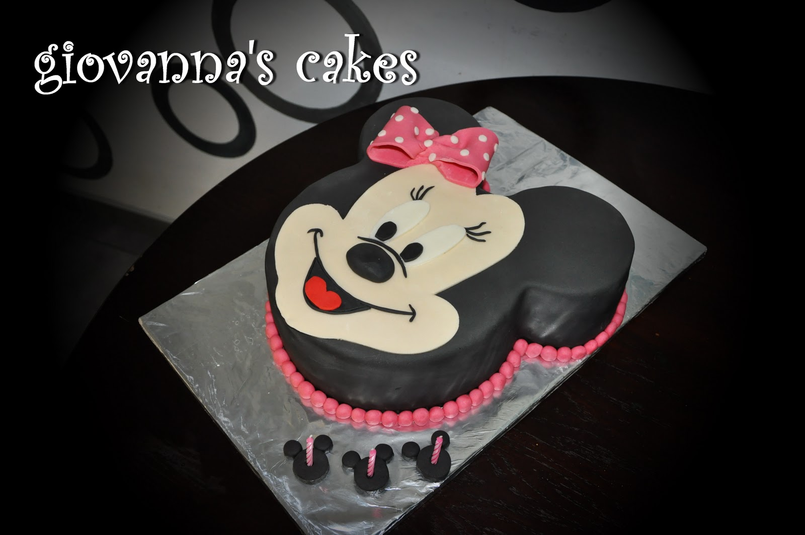 8d21cd9a677 giovanna s cakes  and now ... Minnie