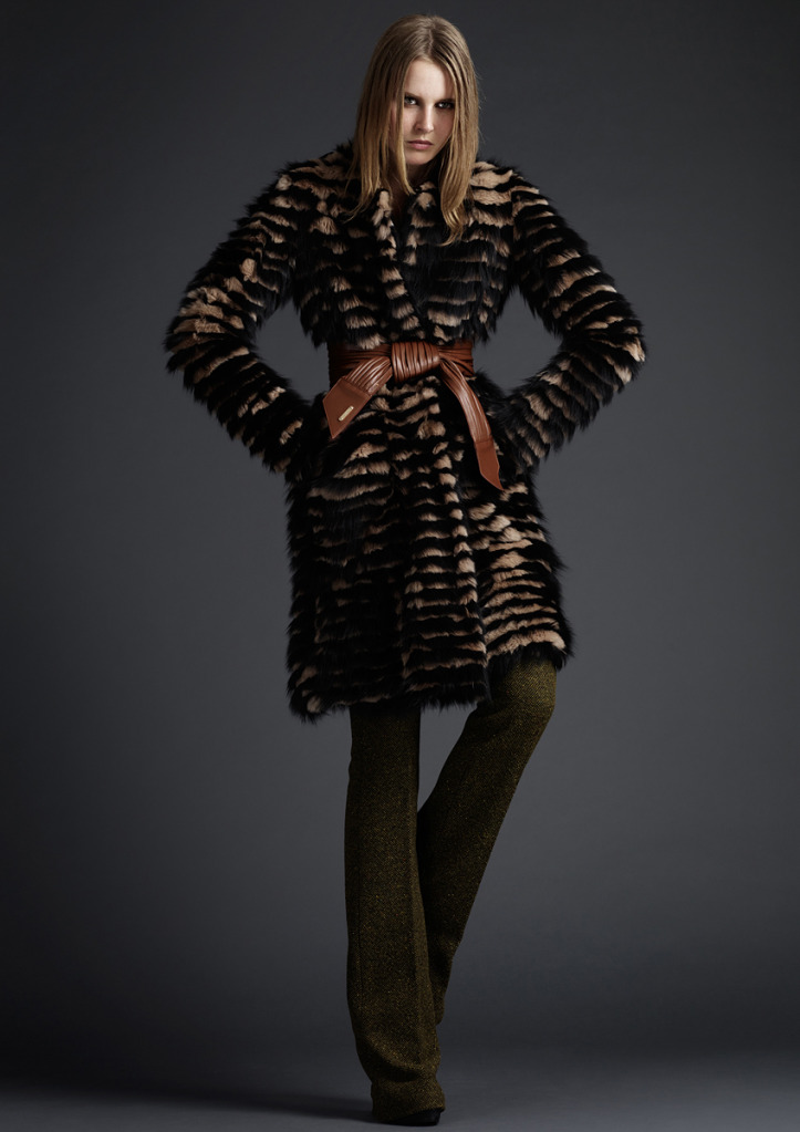 Burberry Prorsum, in Advance for The Fall-Winter 2010 / 2011