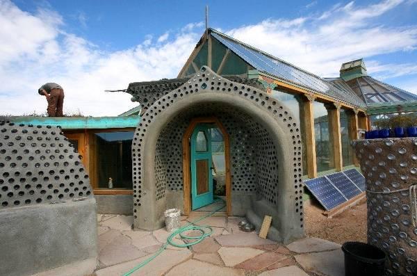 Casa del proyecto Earthship en Estados Unidos