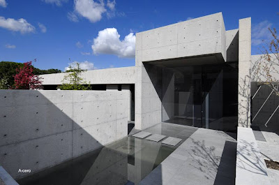 Casa residencial minimalista proyectada por A-cero en España