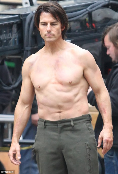Yes Make It Now Action Man Tom Cruise Shows How He Stays In Shape At 48 Albeit An Odd One