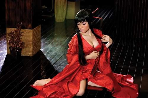 Foto Hot Vicky Shu With Red Kimono In Popular