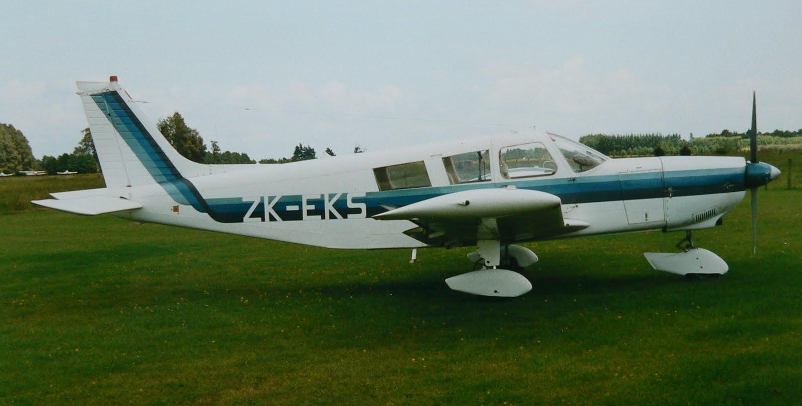 NZ Civil Aircraft: Cherokee Six's ZK-DDF and ZK-EKS