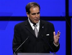 Jim Nantz gets a divorce, cheaper to keep her