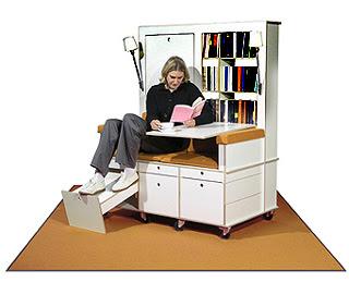 Muebles multifuncionales escencia de mujer for Muebles poco espacio