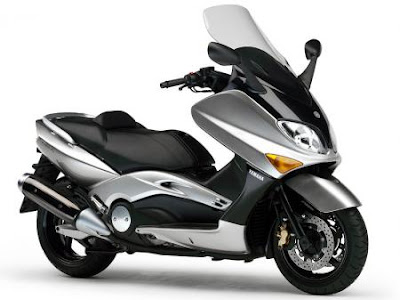 2013 2012 car and moto reviews new scooter yamaha tmax 2009 zuma 125 first look. Black Bedroom Furniture Sets. Home Design Ideas